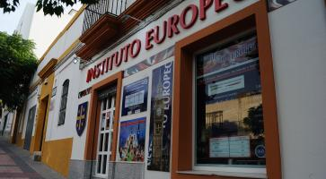 Instituto Europeo Centro 'Chiclana. Calle Hormaza, 28'